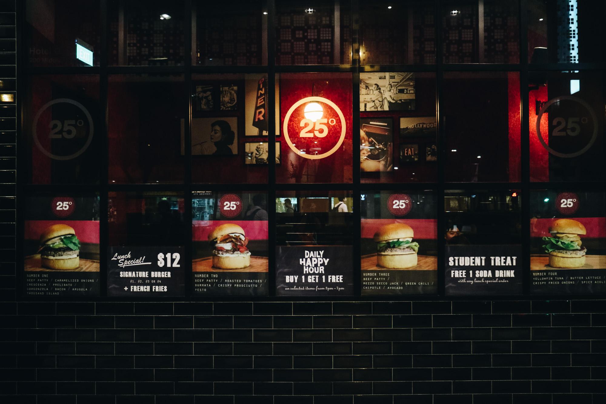 Cheesy-attack-burger-25degrees-darrenbloggie-8
