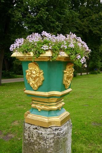 Fancy Flowerpot