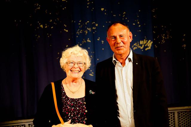 Lilian Lilliehöök och Hans Nordmark, Halsbandets allra första ledare, var överens. Kören har utvecklats och låter jättebra.