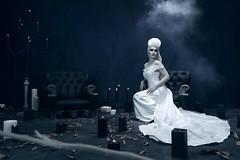 TARJA TURUNEN from Spirits and Ghosts ★ MIJAS NATURAL (B&H) MIJAS NATURAL (Beauty & Hair) participa en el MUA & Hair del nuevo álbum de TARJA TURUNEN (Score for a dark Christmas), la estrella más brillante de la escena del rock sinfónico finés, naturalmen