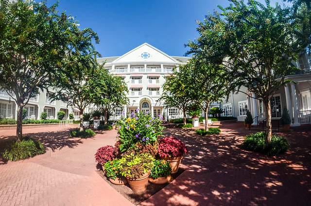 Yacht Club courtyard