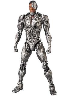 頂尖科技與人類心智的完美結合!! MAFEX 正義聯盟【鋼骨】Justice League Cyborg