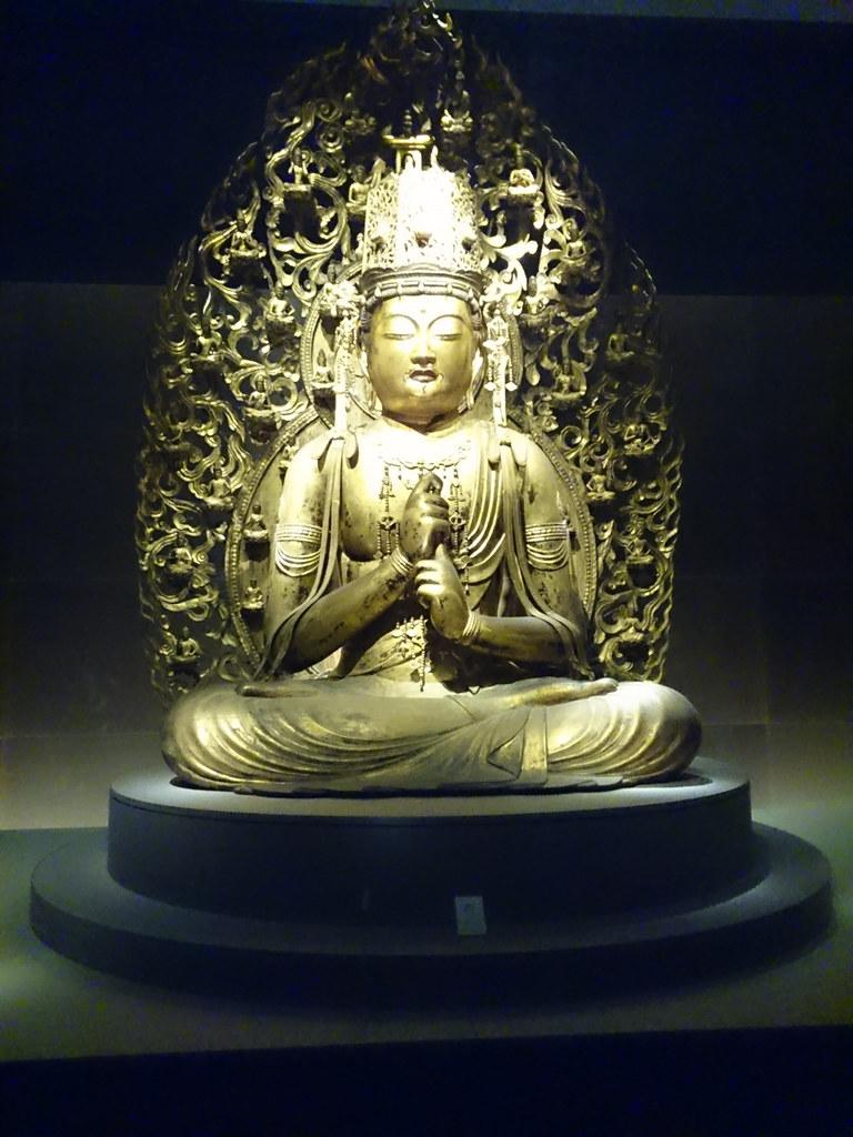 国宝《大日如来坐像》(平安時代・12世紀、大阪・金剛寺)