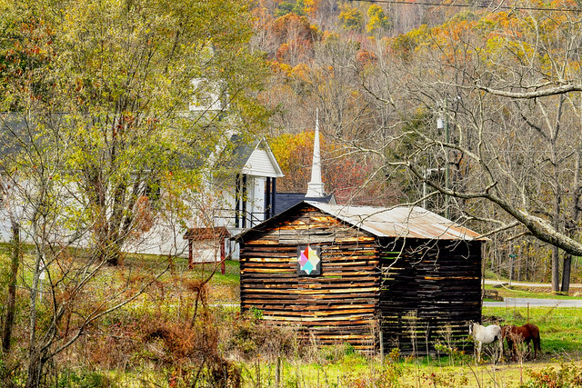 Old Tobacco Barn, Nikon D5300, AF-S DX VR Nikkor 55-300mm 4.5-5.6G ED