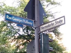 Ungewöhnliche Strassenschilder in Berlin