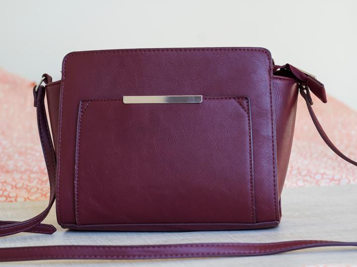 Dit is dé perfecte handtas en ze kost maar € 15,99