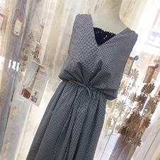 日系V領造型洋裝