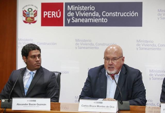 Ministro de Vivienda Carlos Bruce participa en la firma de convenio de delegación de funciones y competencias entre la Municipalidad Provincial de Cañete a favor del Ministerio de Vivienda.