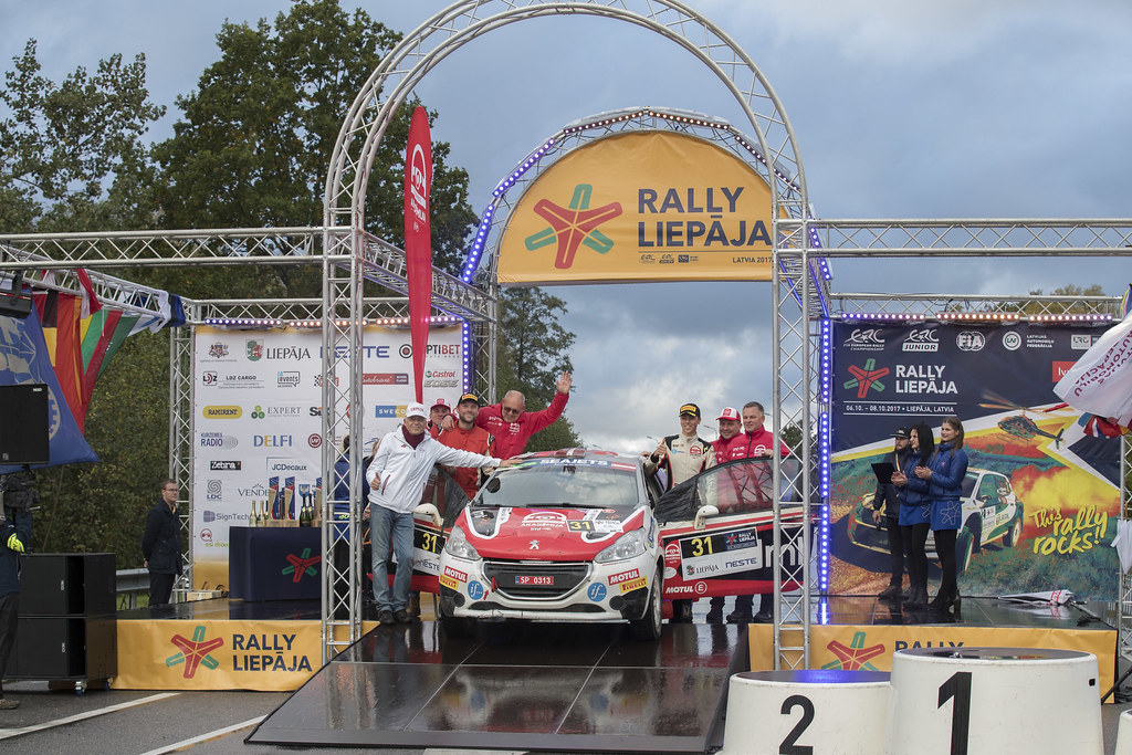 Sesks Martiņs and Malnieks Andris, LMT Autosporta Akademija, Peugeot 208 R2 ERC Junior U27 ambiance portrait  podiumduring the 2017 European Rally Championship ERC Liepaja rally,  from october 6 to 8, at Liepaja, Lettonie - Photo Gregory Lenormand / DPPI