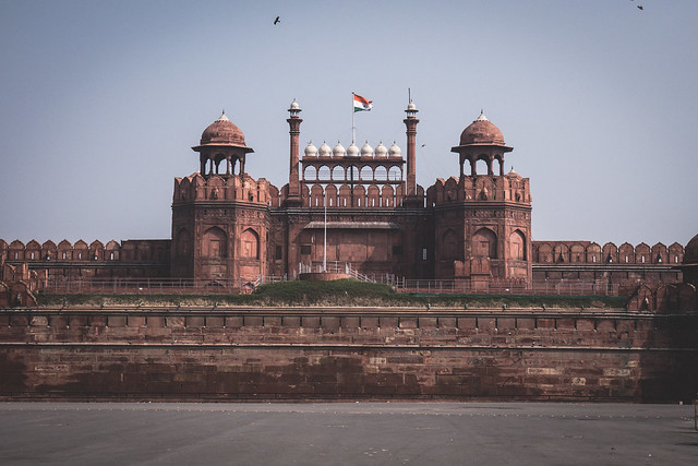 Delhi - tour by tuk tuk - red fort-4 A Quick Guide to Delhi, India | Heading to Delhi soon? Here is all you need to know to make your trip smoother and funner! | What to do in Delhi | Where to stay in Delhi | How to get around Delhi