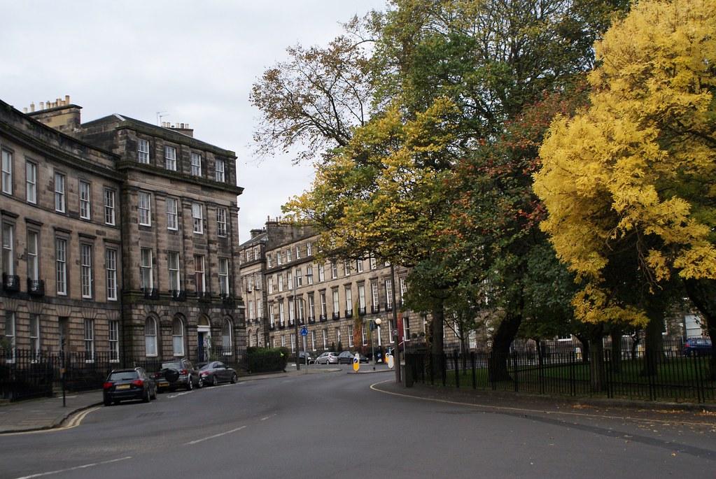 Dans le quartier de New Town à Edimbourg. A l'automne.