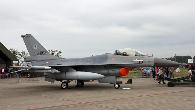 J-002