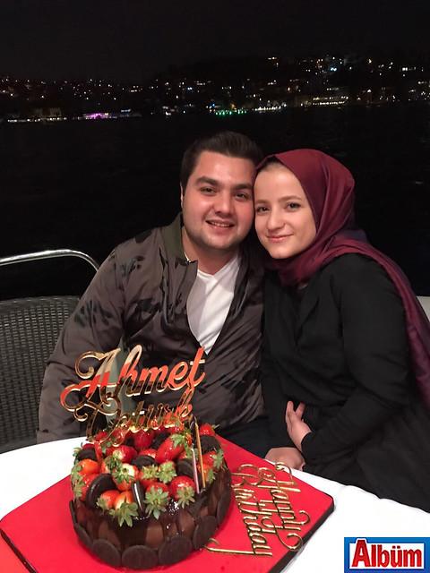 Ahmet Öztürk ve kız kardeşi Büşra Öztürk