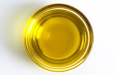 Oils-To-Prevent-Hair-Breakage
