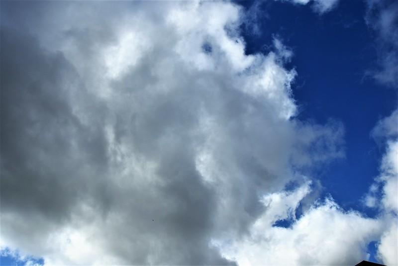 Clouds 22.10 (4)