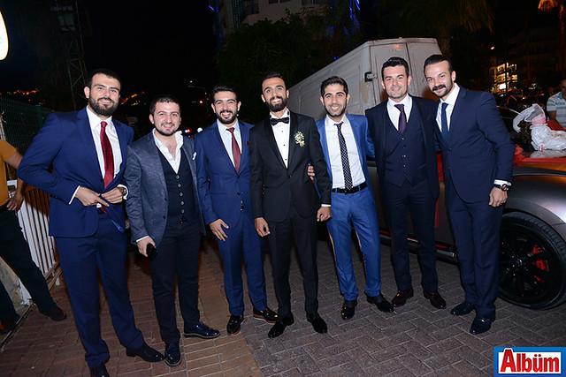 Damat Tevfik Kemaloğlu ve arkadaşları