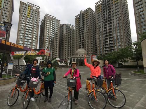 2017-10-24八里單車行