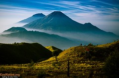 Wallpaper Pemandangan Gunung By Riche_chik