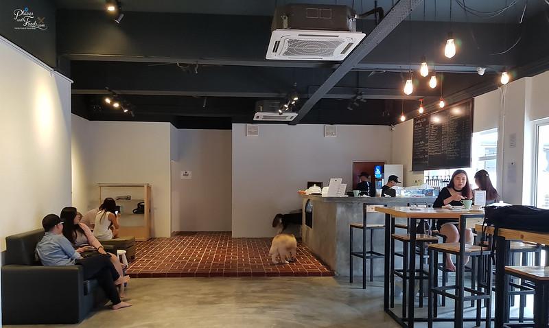huskiss cafe interior