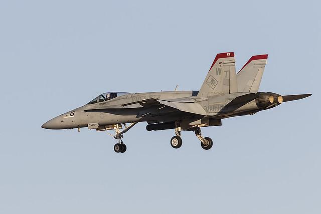_31A6288 F/A-18C WT-13 BuNo 165195