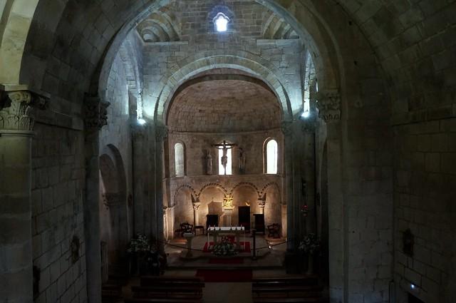 Colegiata de Santa Cruz de Castañeda. Interior