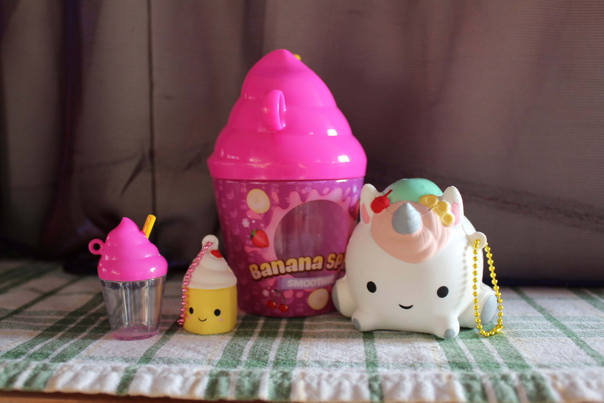 Smooshy Mushy Creamery : Smooshy Mushy: Blind Bags, Bento Boxes and More! ?? El Mundo de las Princesas, Munecas y ...