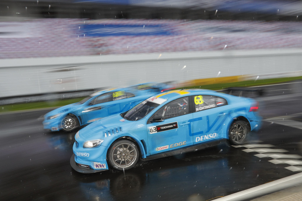 63 CATSBURG Nicky (ned) Volvo S60 Polestar team Polestar Cyan Racing action 62 BJORK Thed (swe) Volvo S60 Polestar team Polestar Cyan Racing action  during the 2017 FIA WTCC World Touring Car Championship at Shanghai, China, ningbo,13 to 15 - Photo Frederic Le Floc'h / DPPI