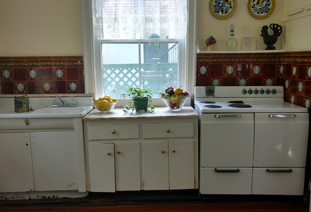 hemingway-kitchen