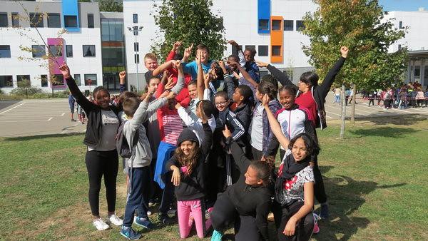 Les élèves de 6ème du collège Aimé Césaire ont participé au Césair'athlon