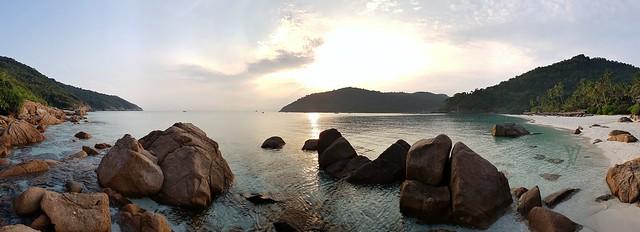 sunrise over Taaras Beach