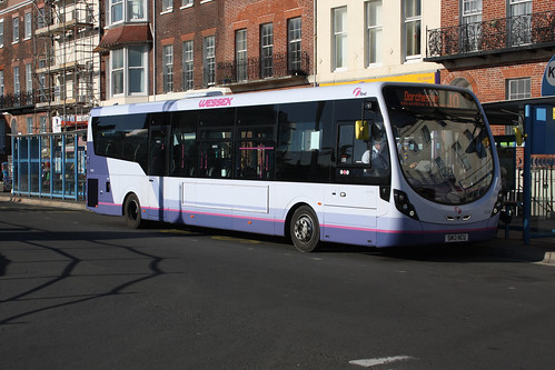 First Hampshire & Dorset 63109 SM13NCU