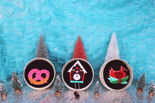 Erstwilder A Kitschy Christmas