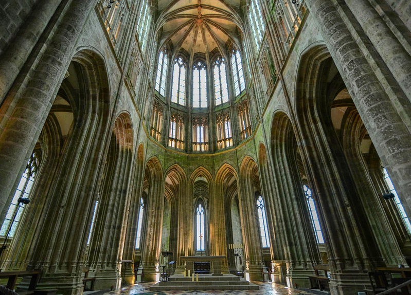 Mont Saint-Michel Abbey Church Nave. Credit Jorge Láscar, flickr