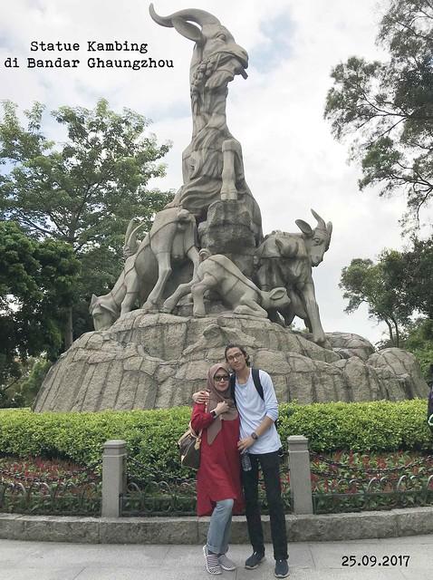 statue-kambing
