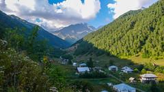 Nasza baza w małej wiosce Tsana w Kaukazize.