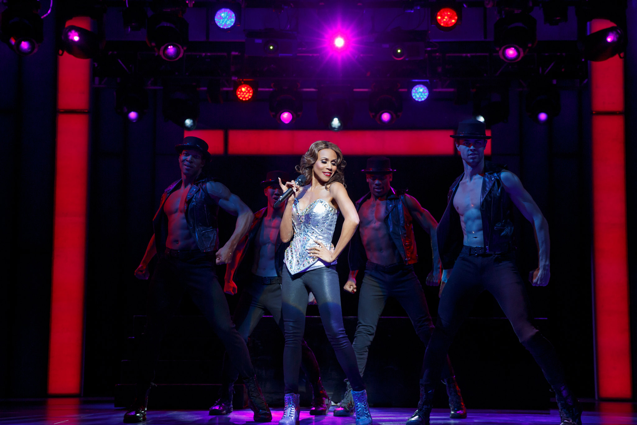Flint Native Tours with the Cast of Broadway's The Bodyguard