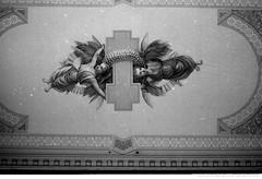 Fresque peinte par Napoléon Bourassa (père d'Henri Bourassa), située à l'intérieur de la chapelle Dominique-Savio. La chapelle est aussi connue sous le nom de l'oratoire Sainte-Thérèse-de-l'Enfant-Jésus. / Florent Charbonneau.