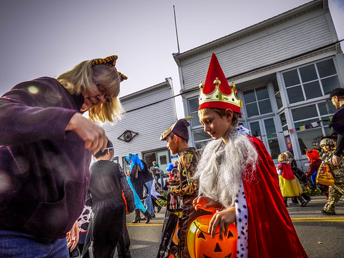Edison Halloween Parade-29