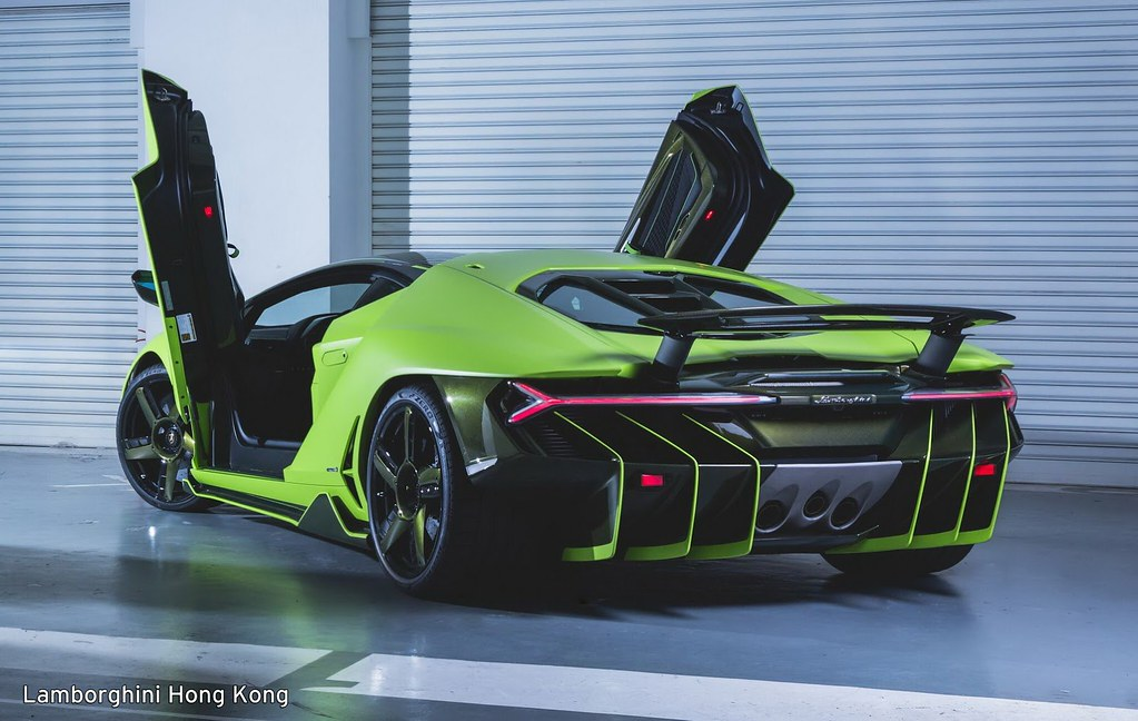 lambo-centenario-all-green-hongkong-6