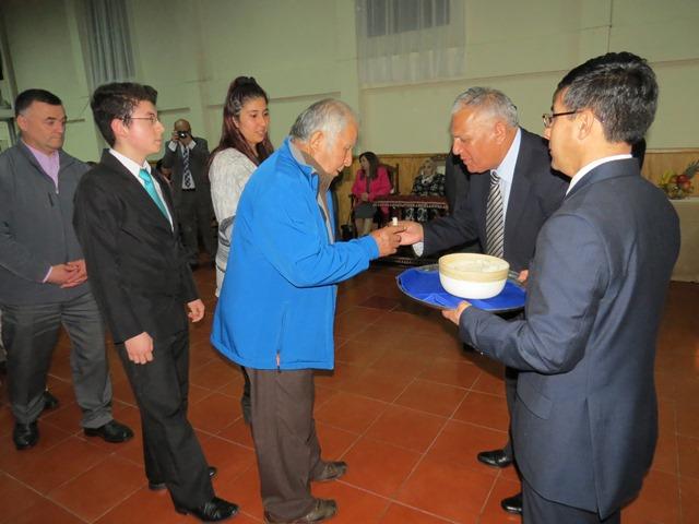 La Iglesia de Penco se viste de gala, para participar de la mesa del Señor