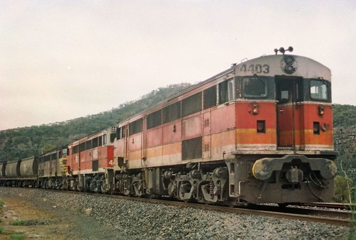 111-28A 1991-12-31 4403 4485 and 4497 on MP52 at Kerrabee