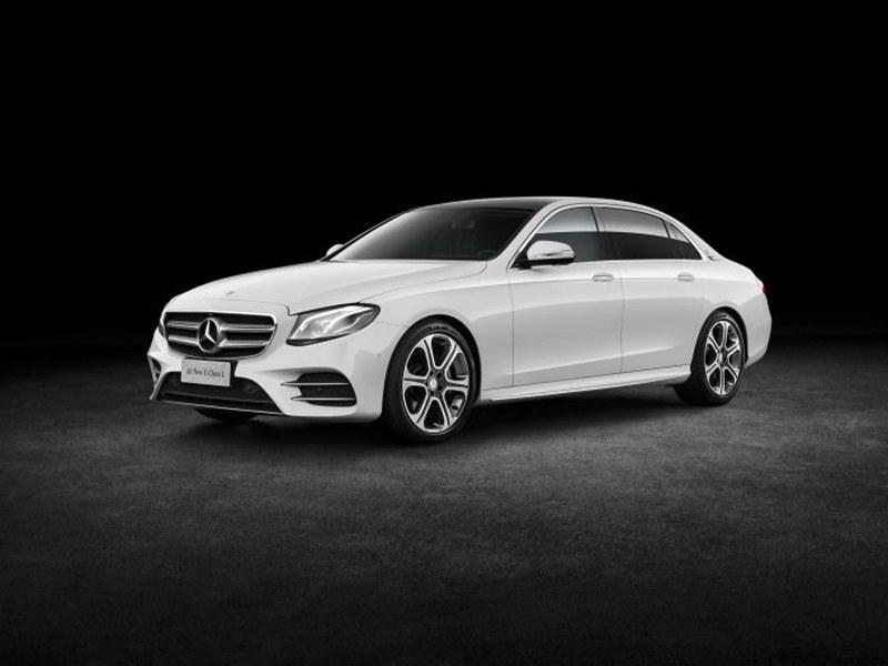 Mercedes-Benz_-LWB-E-Class_V213