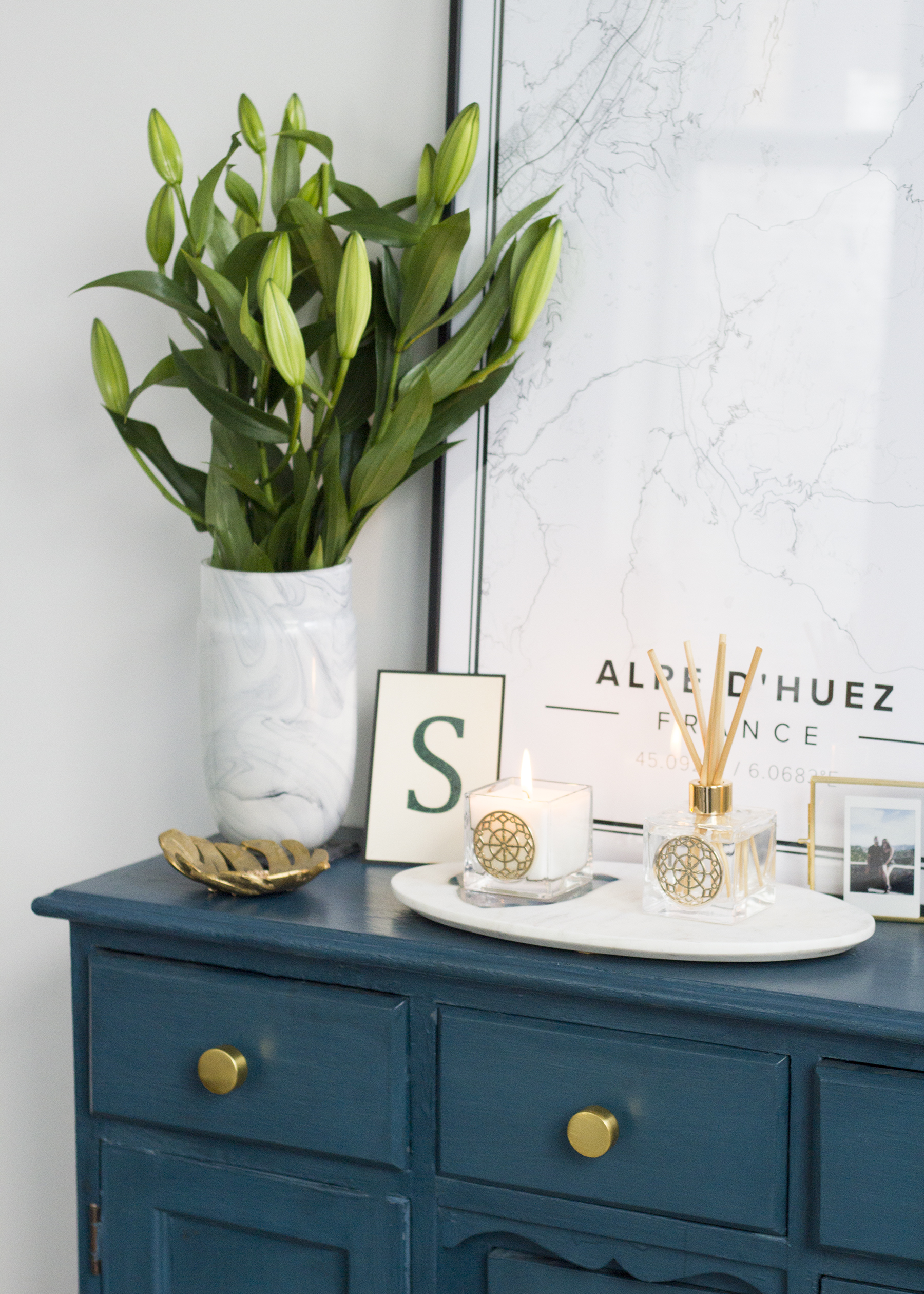 DIY upcycled sideboard styling