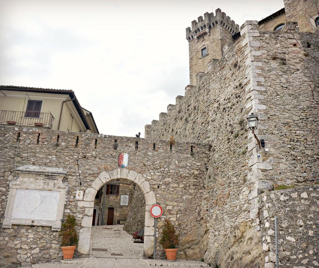 Collalto Sabinon linnanmuuria