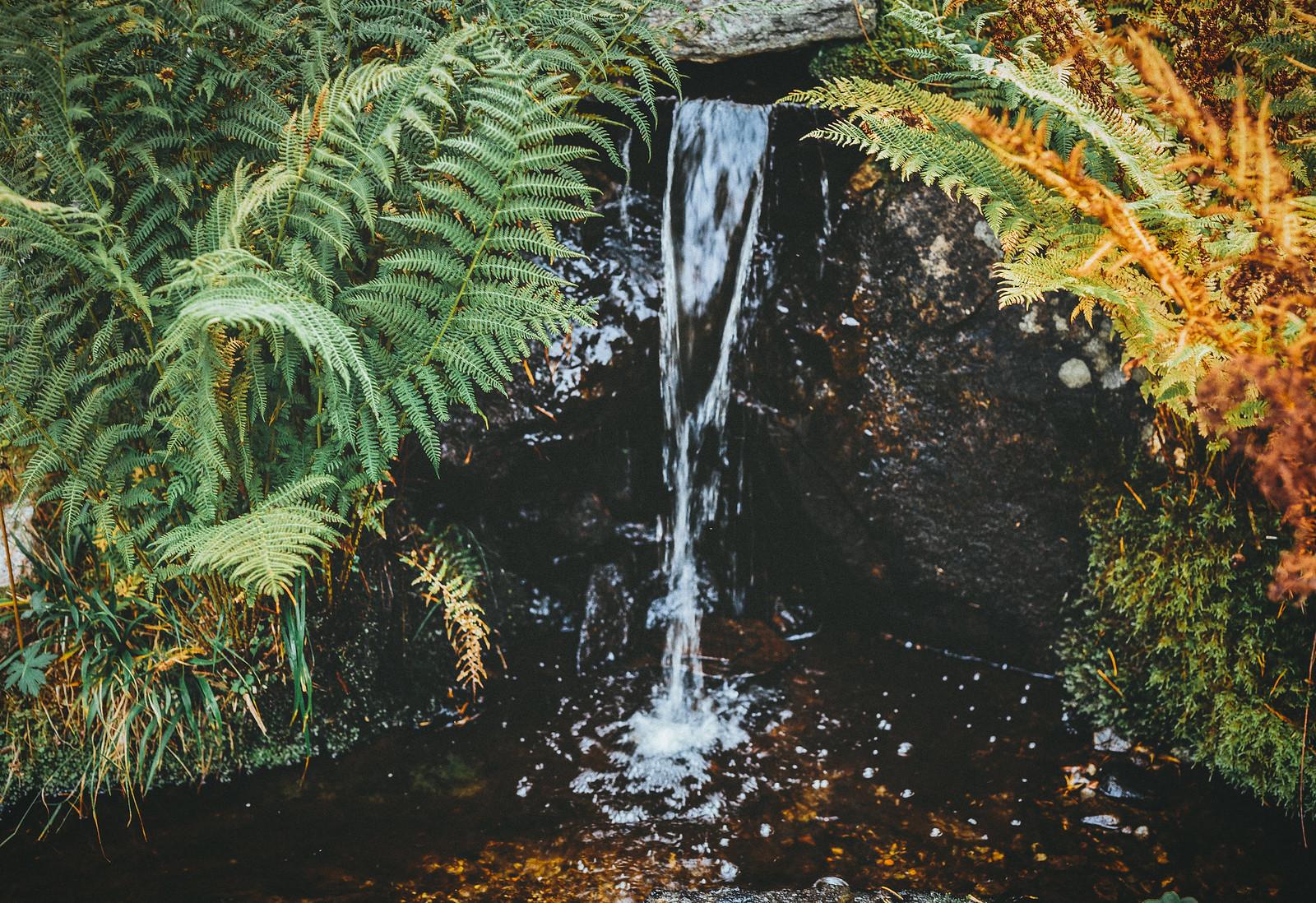 litet vattenfall - karinevelina.se