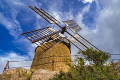 windmill - Photo of Cébazan