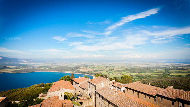 Populonia tower, Canon EOS 5D, Canon EF 20-35mm f/3.5-4.5 USM