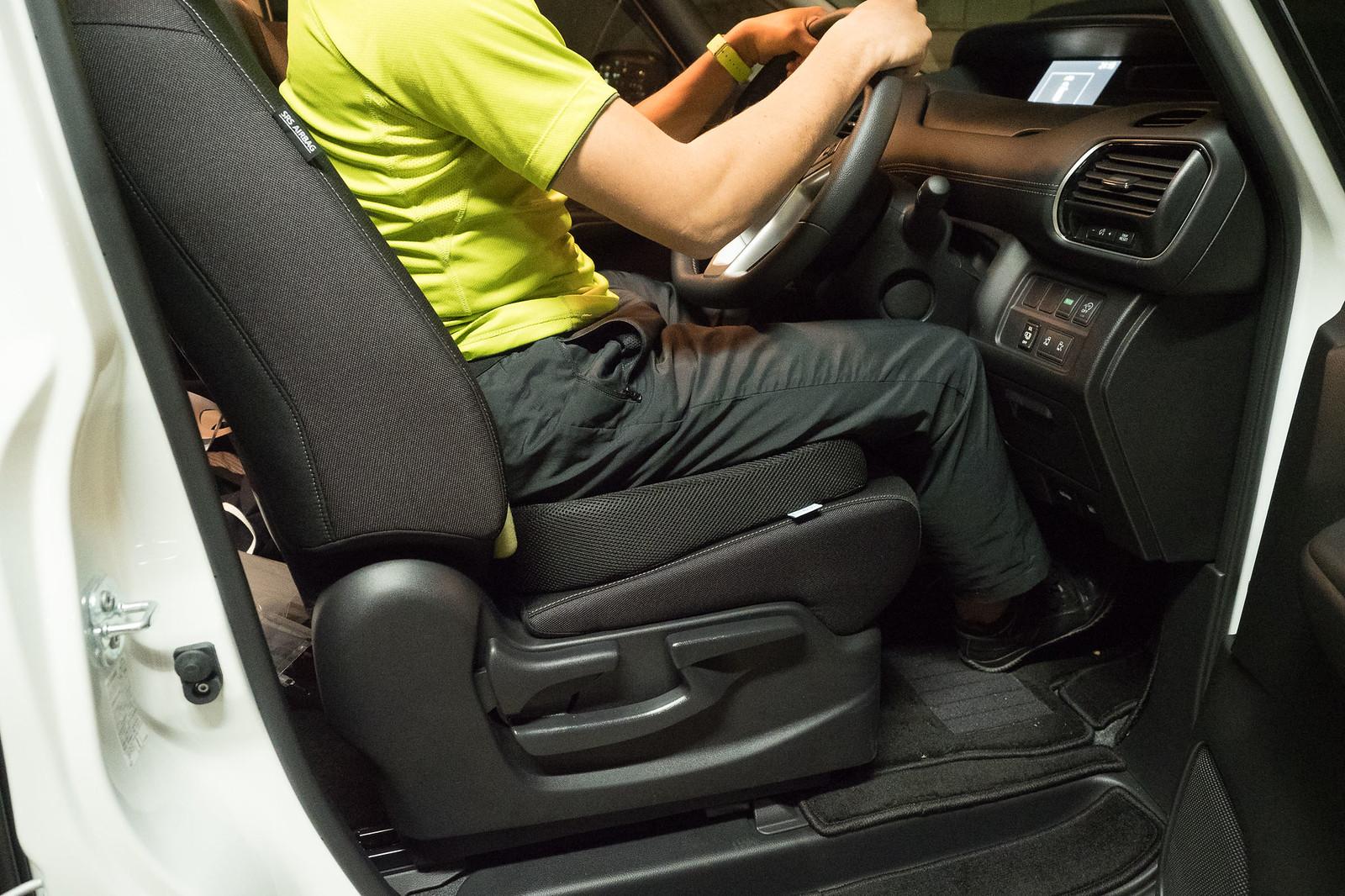 car_cushion-18