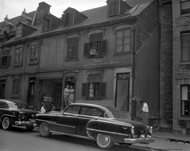 Red Light. Rue Sanguinet. 1957. VM94-40_2-093b. Archives de la Ville de Montréal.
