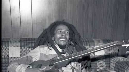Bob-Marley-backstage